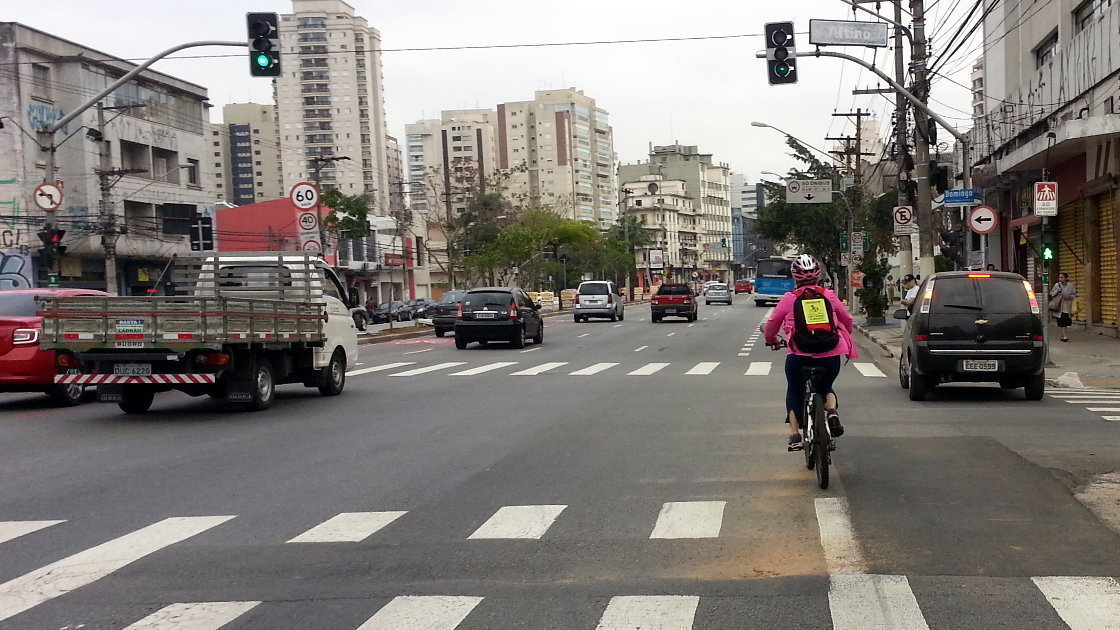 Complete a ciclovia da Rua Domingos de Morais! #CicloviaNaDomingos
